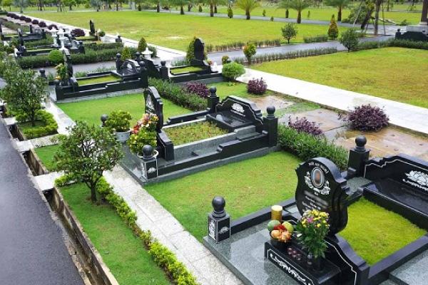 Có nên xây mộ đơn giản trước và nên xây mộ như thế nào cho đúng?