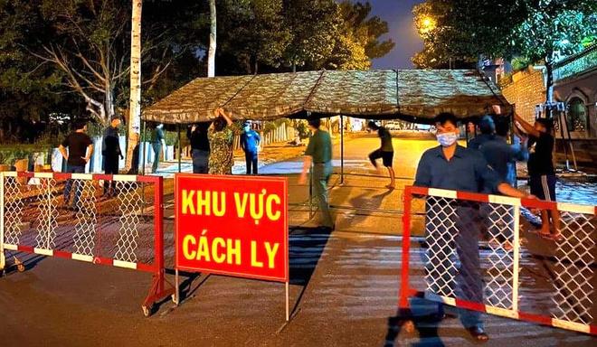Tin tức  cập nhật: Bình Dương lập 3 trạm kiểm soát dịch tại cửa ngõ với TP.HCM, Đồng Nai